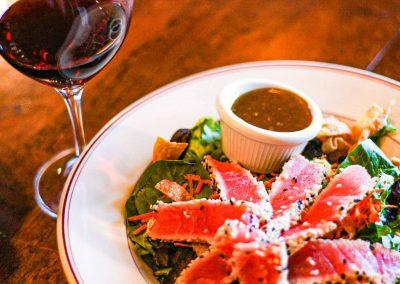 stone-house-food-ahi-tuna-salad
