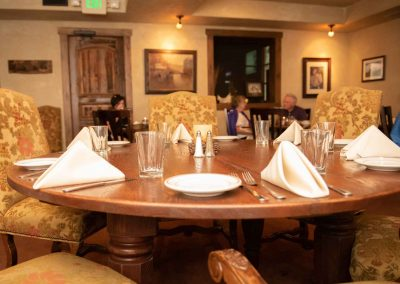 the-stone-house-reservation-dinner-seating-1