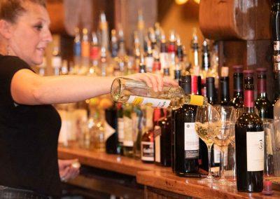 the-stone-house-staff-bar-bartender-waitress-2