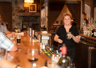 the-stone-house-staff-bar-bartender-waitress